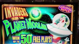 Huge Bonus $Win$ on Invaders from the Planet Moolah
