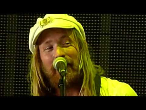Friska Viljor - Shotgun Sister (Live at Rock For People 2013)