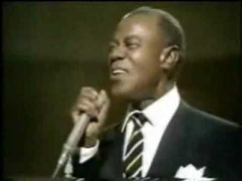 Louis Armstrong Que Mundo Maravilloso