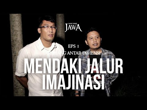 Mendaki Jalur Imajinasi Gunung Merapi