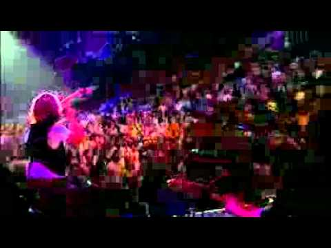 YouTube - Sugarland - Settlin' amp; Baby Girl (LIVE On The Inside DVD) HQ.flv
