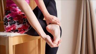 「足首が硬いのはどうしたら?」ダンサーが行う甲のストレッチ方法 thumbnail