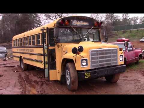 !ANOTHER SCRAPPED SCHOOL BUS! 1985 International