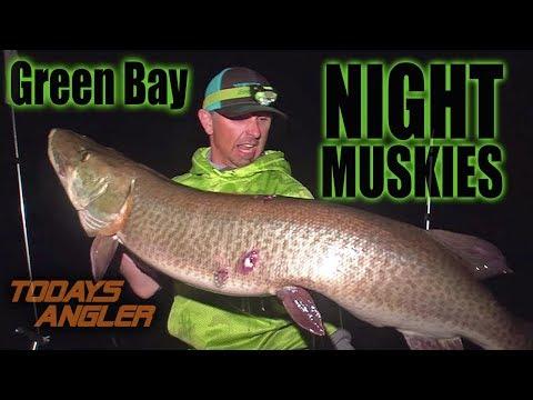 Green Bay GIANT NIGHT MUSKIES - Ft. Chris Bulaw - Todays Angler