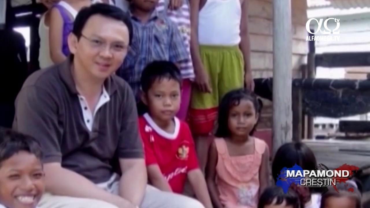 Primul guvernator crestin acuzat de blasfemie in Indonezia musulmana