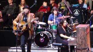 Don't Be Denied - Norah Jones with Neil Young - Bridge School Benefit
