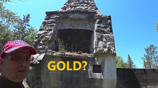 I found Floating Gold in a Northern Ontario Gold Mine