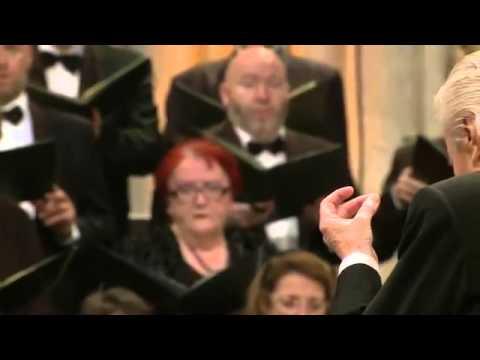 Mozart -  Ave Verum With Colin Davis