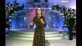 Watch Nana Mouskouri Deck The Halls With Boughs Of Holly video