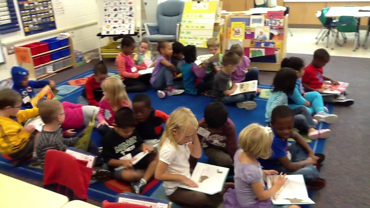 Sharing emergent storybooks with our buddies youtube for Storybook nanny