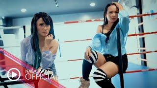 Download lagu Duet VW - Aku Bukan Samsak (Official Music Video NAGASWARA) #music