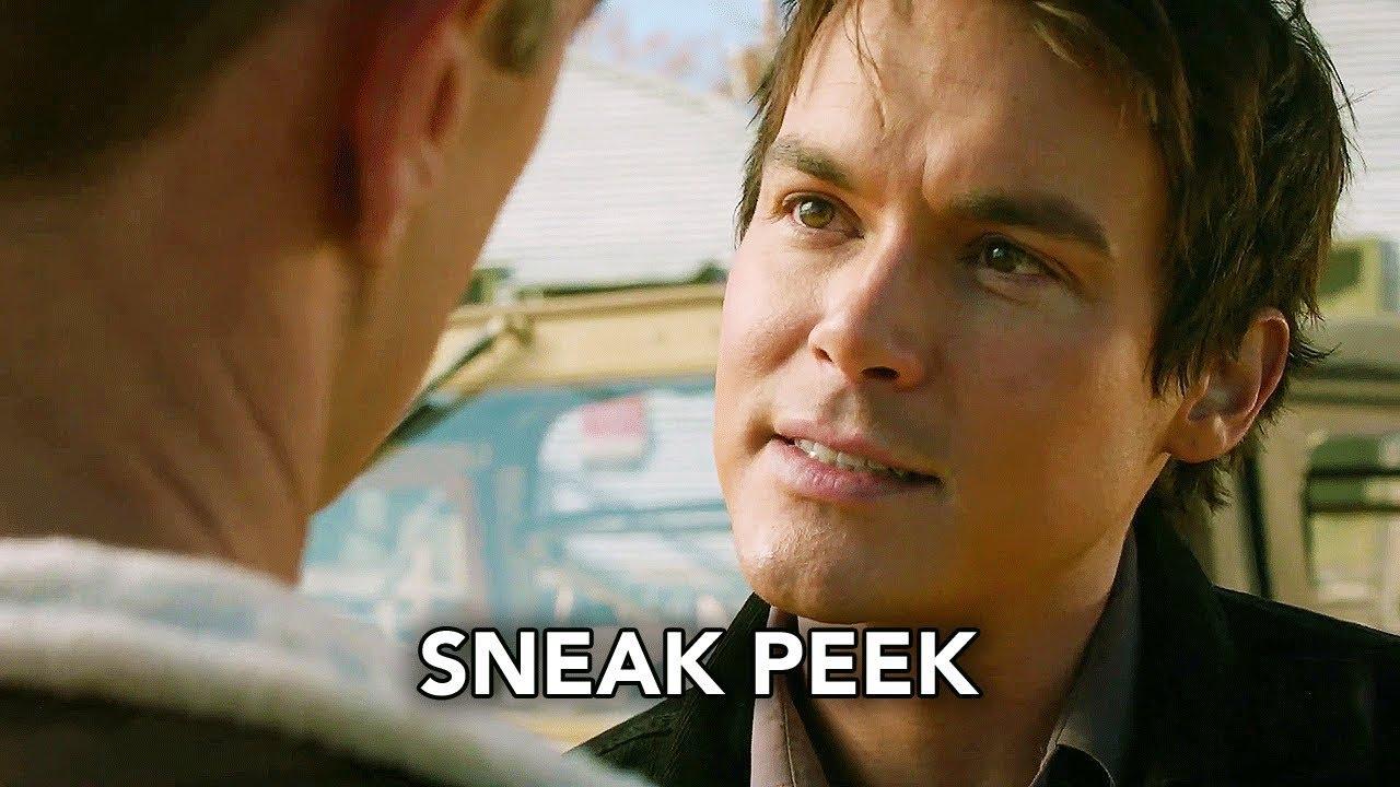 "Roswell, New Mexico 1x08 Sneak Peek ""Barely Breathing"" (HD)"