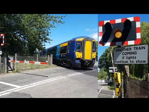 Yalding Level Crossing, Kent (27/05/2017)