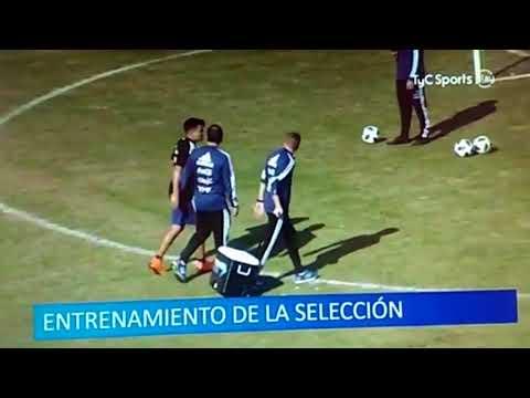 Lesión del Huevo Acuña en el entrenamiento de la Selección en Huracán