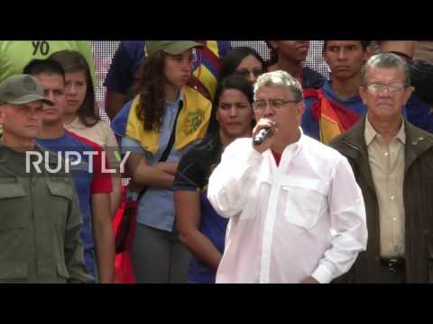 Venezuela: Thousands of Maduro supporters rally in Caracas