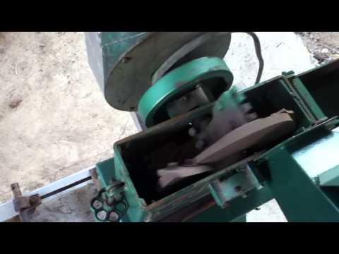 Cremasco Machine for Animal Feed Ingredient Grinding