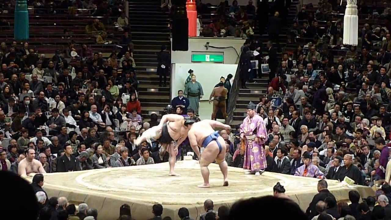 sumo and tokyo So how does one get in to see a sumo match, much less be able to do it for free  especially in tokyo luckily there are plenty of sumo venues.