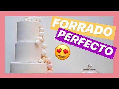 Como forrar una torta rectangular youtube for Como decorar una torta infantil