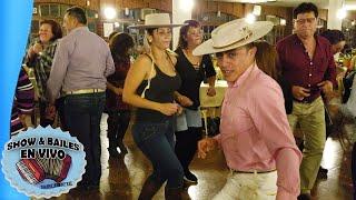 Bailando Musica Rancherita no mas Compadre - Donde La Cuca Los Tremendos Laureles - Javier Fachinys