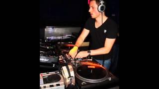 Timo Graf Feat. Mia Moore Dancin