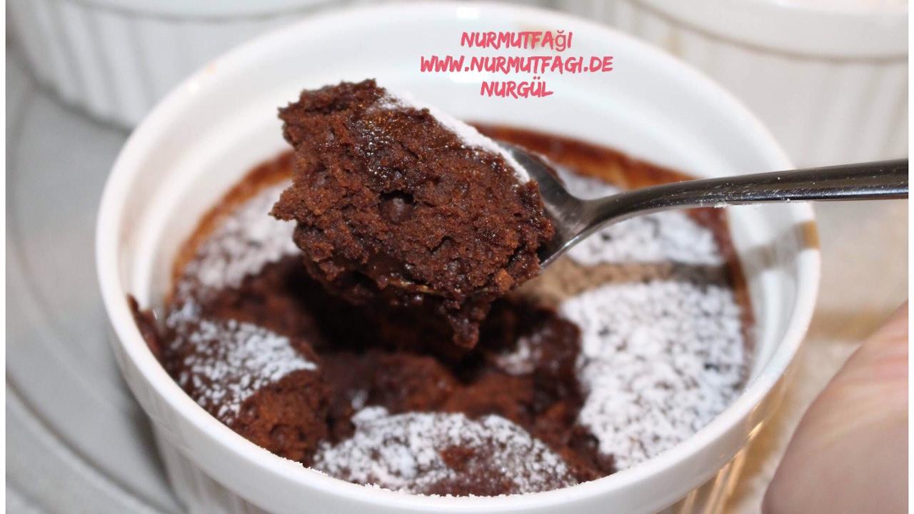 Mikrodalga Fırında Bardak Kek