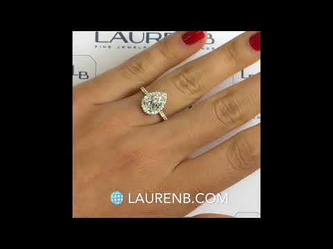1.10 carat Pear Shape Diamond Engagement Ring