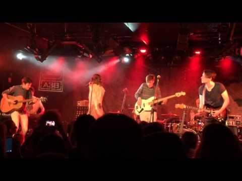 Margaret Island Eső live at a38