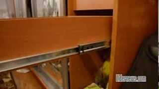 видео Шкафы металлические секционные для одежды: фото варианты