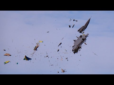 GIGANTIC RC CRASH SAAB GRIPEN XXXL 1:2 SCALE MODEL TURBINE J