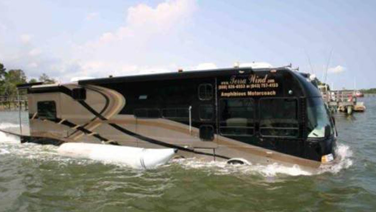 Indias First Water Bus At Alappuza, Kerala - Youtube-1582