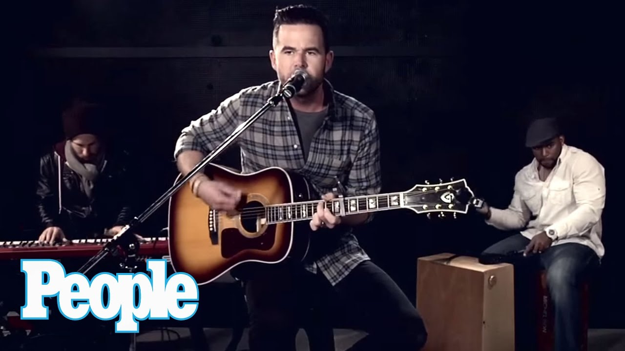 David Nail Sings \'Whatever She\'s Got\' Live | People - YouTube