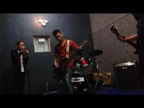 Palu Fine Band