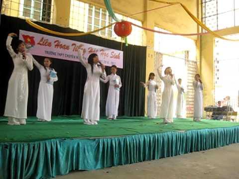 Áo dài ơi - 12 Văn Nguyễn Huệ