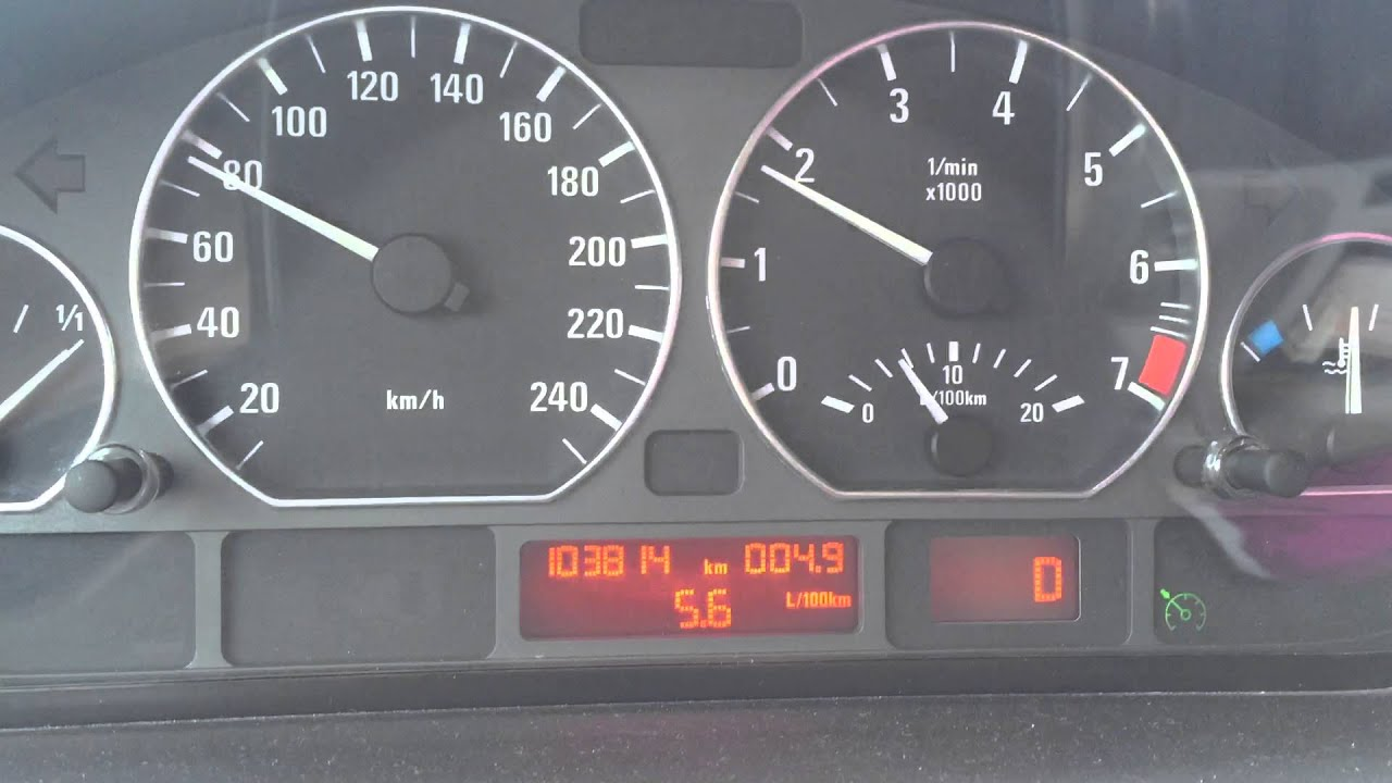 325i e46 fuel consumption in stable speed  YouTube