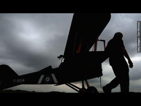 hunter find missing plane - 480×360