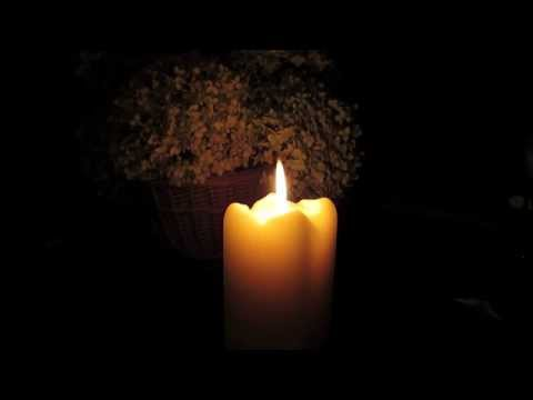 Beautiful soft burning candle ● 3 hours ● in HD