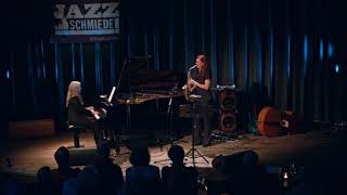 Anke Helfrich - Angelika Niescier Duo – Liquid Stone – Live at Jazz-Schmiede Düsseldorf