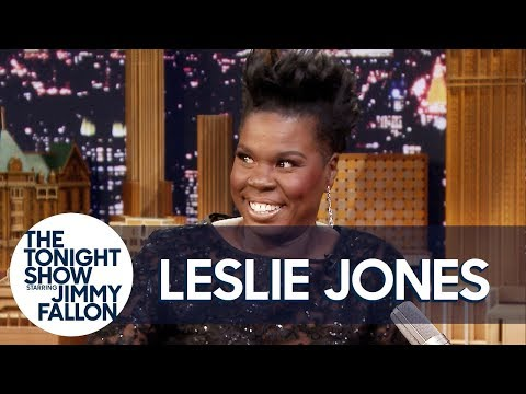 Leslie Jones Roasts Her Old Headshots