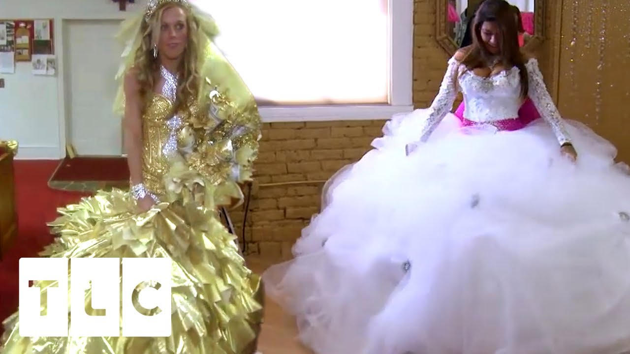 d01abf335c Battle of the Dresses! | Say Yes To The Dress Vs. Gypsy Brides US