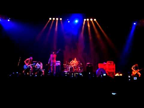 [HD] Bring Me The Horizon - It Never Ends (Live In Jakarta 2011)