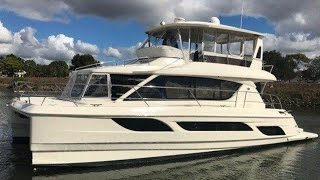 2014 Aquila 484 Boat For Sale at MarineMax Venice