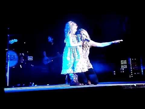 Carrie Underwood See You Again duet with Brooklyn girl from video Puyallup Fair 9/13/13