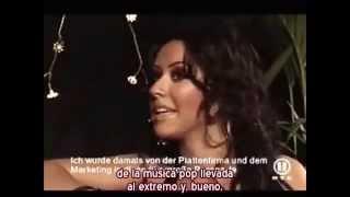 """Christina Aguilera - Entrevista """"Stripped in London"""" 2003 - Parte 1 (Subtítulos español)"""