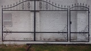 видео Ворота и калитки из профнастила с элементами ковки