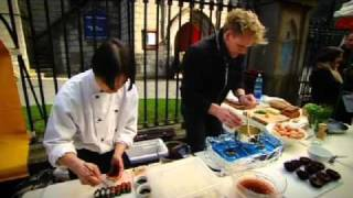 Sea Urchin vs Scramble Eggs - Gordon Ramsay