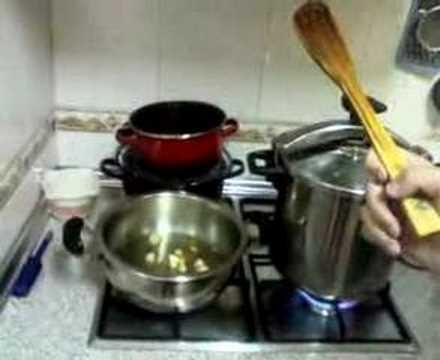 cocina con los hermanos (receta migas) muy ricas que estaban