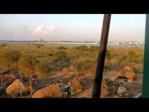 "RAJAHMUNDRY GODAVARI BRIDGE' RIVER VIEW FROM ""YASHWANTHPUR - PURI"" GAREEBRATH XPRESS WITH MOTO 4G"