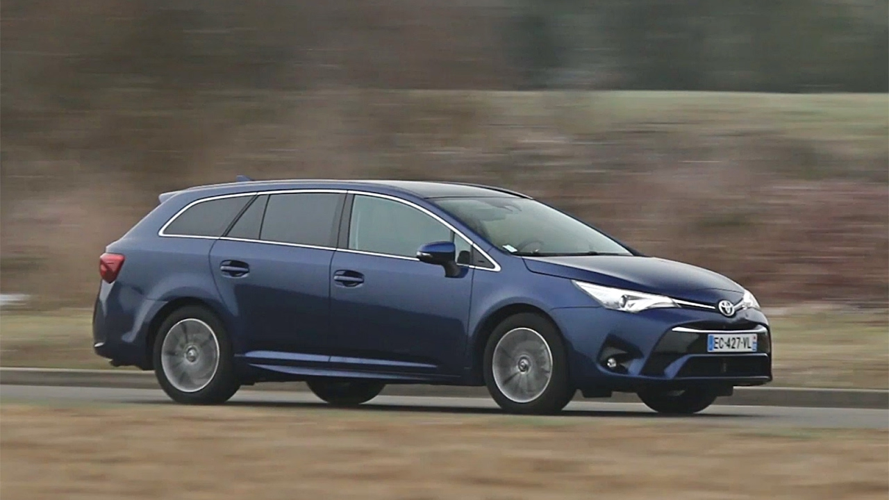 essai toyota avensis touring sports d 4d 143 executive 2017 youtube. Black Bedroom Furniture Sets. Home Design Ideas