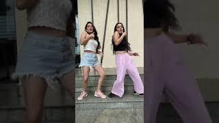 Lat Lag gayi | YouTube shorts | Sharma Sisters | Tanya Sharma | kritika Sharma