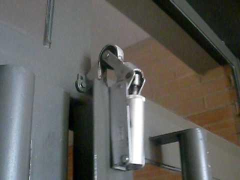 Cierre de puerta hidra lico youtube - Hidraulicos para puertas ...